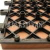 Płytki umocowane na ruszcie są szybkie i proste w montażu.